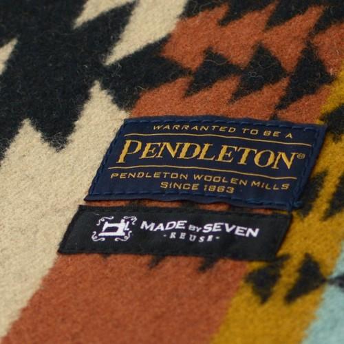 PENDLETON FOLDING LOUNGE CHAIR